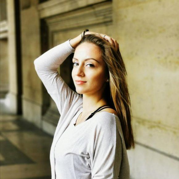 Anna-Khomyn